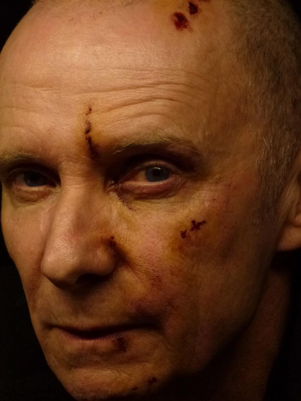 """Vogel après son """"passage à tabac"""" (maquillage Pascal Thollier) - BRAQUO - https://www.geoffroythiebaut.com"""