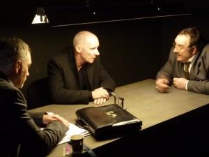 L'interrogatoire : Fargette ( Joel Lefrançois) questionne Vogel
